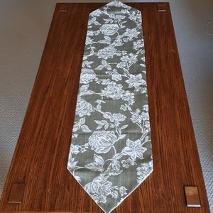 Table cover/ Piano cover